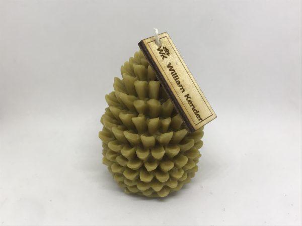 Sviečka šiška II. zo 100% včelieho vosku, ručne odlievaná.